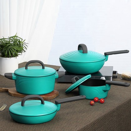 Essential Cook Pot and Pans Set